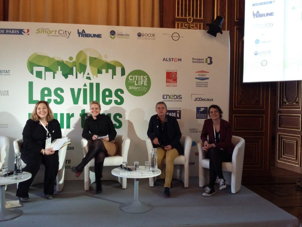Chris Blache de Genre et Ville avec Hélène Bidard Adjointe égalité et lutte contre les discriminations à la Maire de Paris