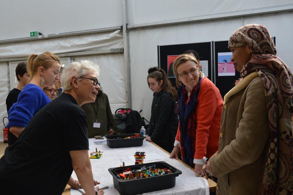 Lego Battle Forum Féministe 2019 Paris (17) Light