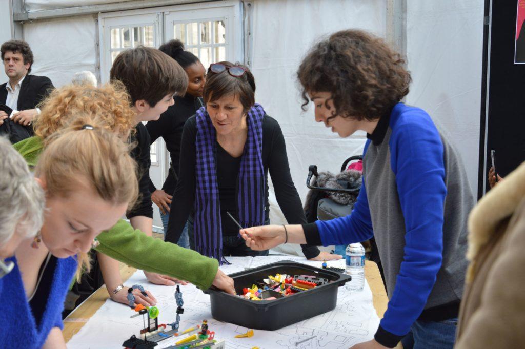 Lego Battle Forum Féministe 2019 Paris (42)Light